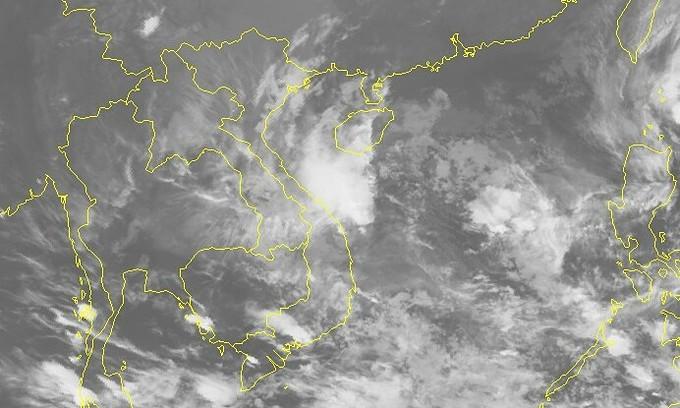 ゴニは熱帯低気圧に発展しベトナム中南部に向かう
