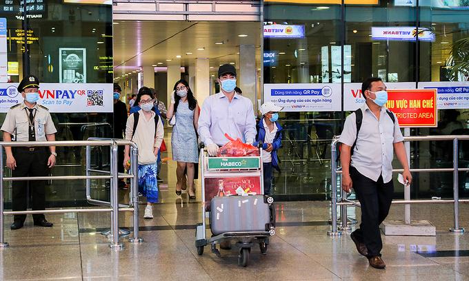 ベトナム マスクレスでのフライトの乗客は罰金に直面します