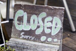 ベトナム ハノイはレストラン、サロンを閉鎖