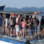 """<span class=""""title"""">ベトナム より多くのビーチの目的地は社会的制限を緩和します</span>"""