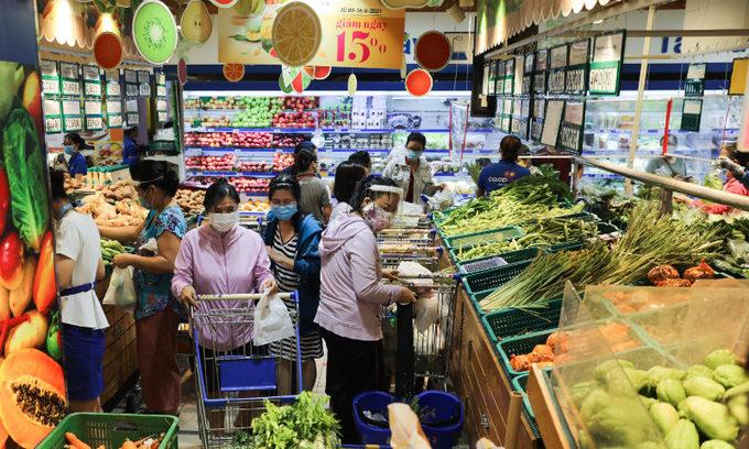 ベトナム サイゴンのスーパーマーケットは午後5時に閉店します