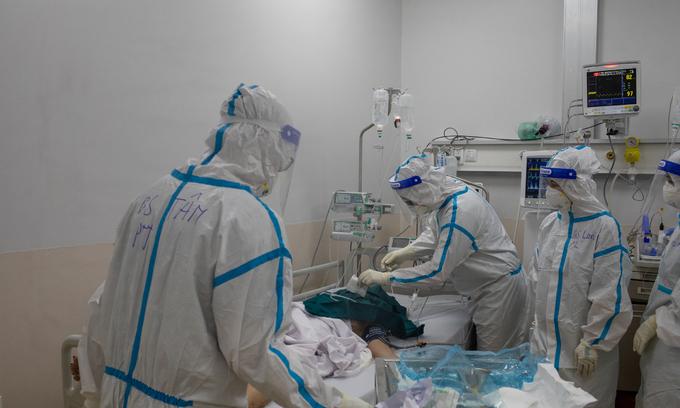 ベトナムは記録的な10,650件のCovid-19感染を報告します