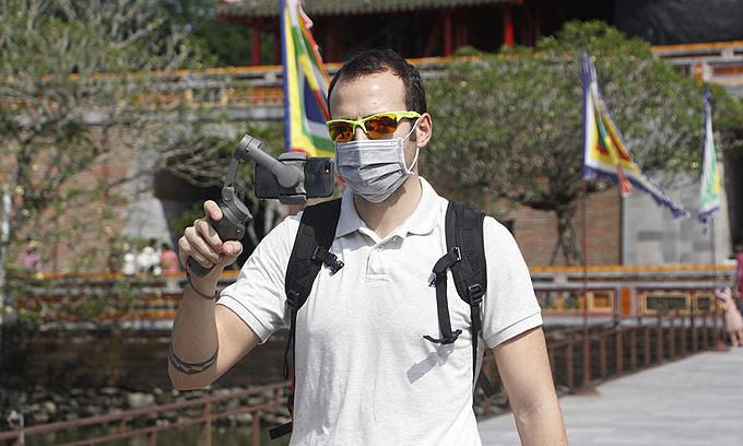 ベトナム フエは、ツアーガイドをサポートするために81,600ドル支援